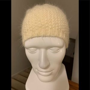 Old Navy Ivory Winter Hat